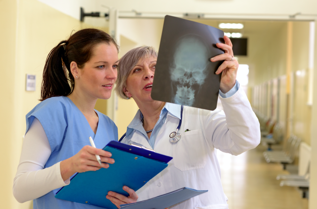 Boost Response Times with Two-Way Radios for Hospital Use