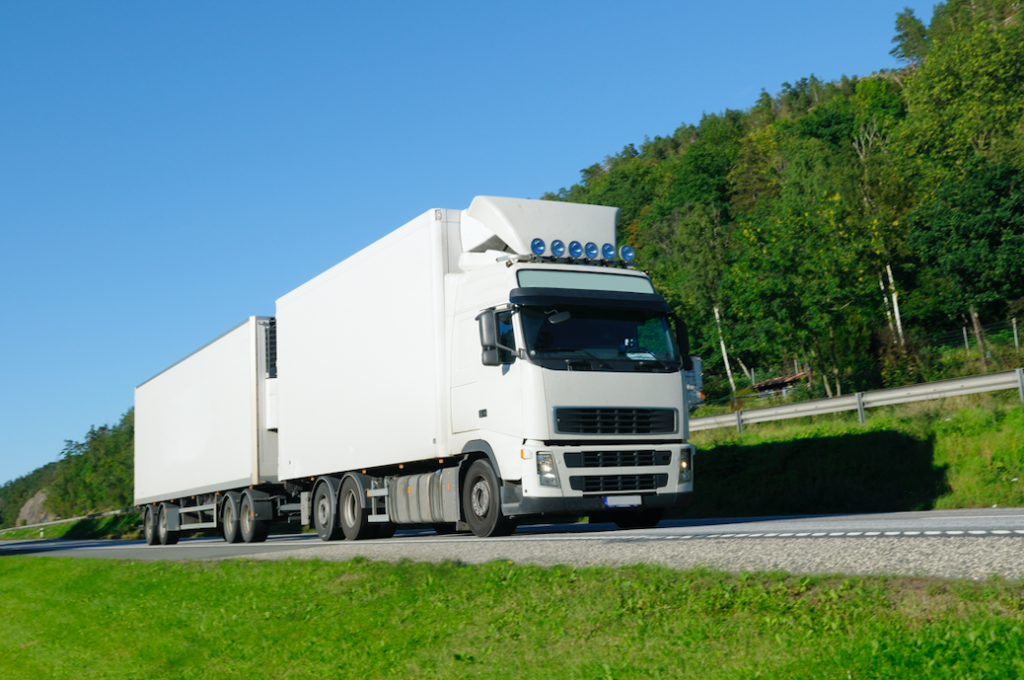 Two way radios for transportation , digital two way radios , push to talk , transportation industry , cost effectively
